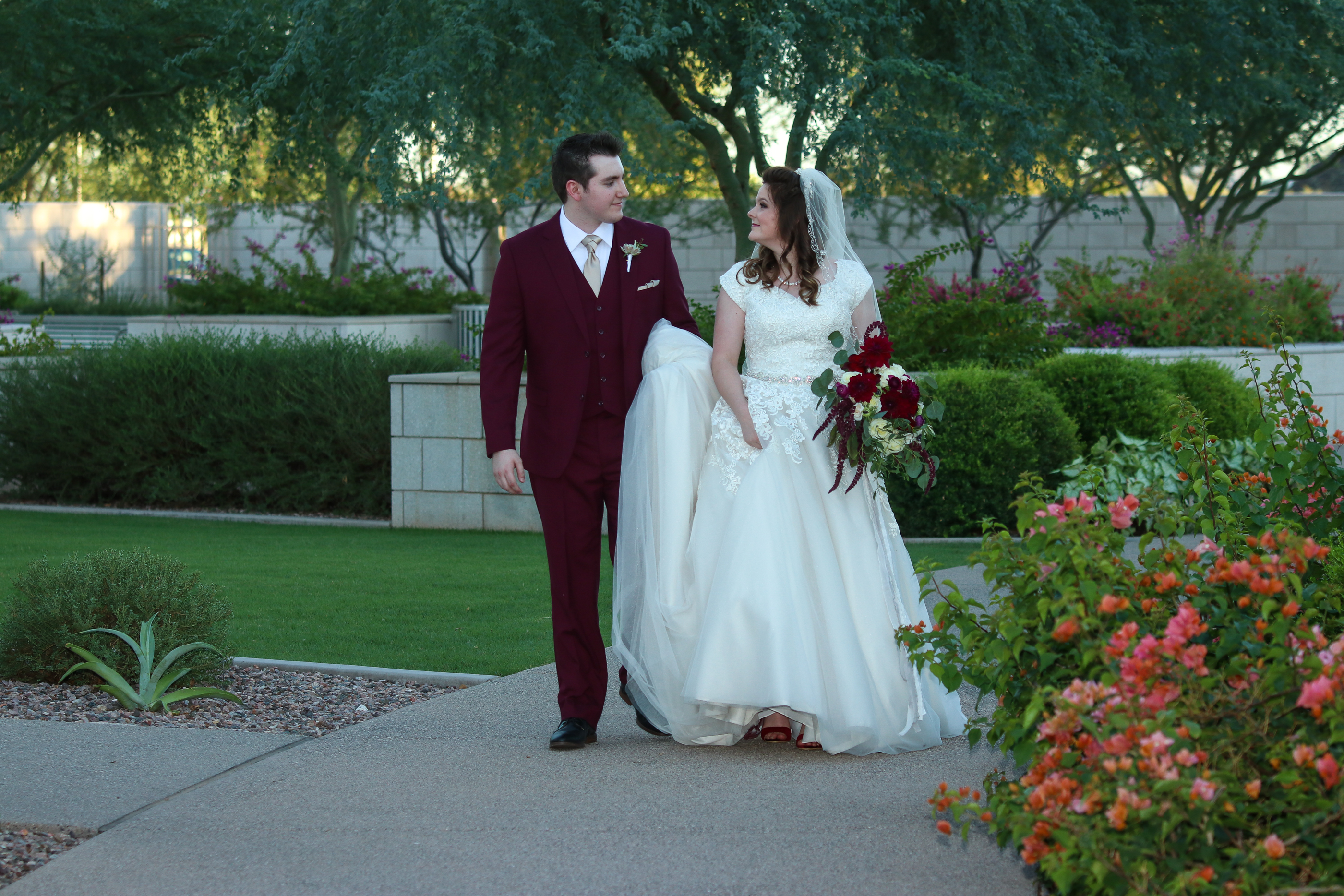 Phoenix Temple Wedding Photos-1-3